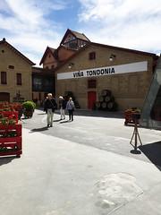 Viña Todonia # 1 (schreibtnix on'n off) Tags: reisen travelling europa europe spanien haro gebäude building viñatodonia olympuse5 schreibtnix