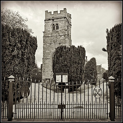 St.Peters, Dunchurch (Jason 87030) Tags: church wrought iron gates mono bw black bbw white noir blanc uk dunchurch warks warwickshire saint tst peter holy religion square frame border visit england english