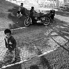 OBF2_1712 (onurbayic) Tags: family childhood parent motorbike baby husband wife hope father mother son brother shade buggy monochorome blackandwhitephoto blackandwhite bw innocent happy grass 5ofthem