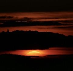 Le soleil se lève... (laudato si) Tags: pyrénées cerdagne capcir fontromeu printemps sunrise sun soleil aurore matin morning
