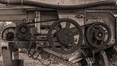 Machine (Cyrille Gr) Tags: abandonnée machine