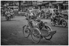 smoking break (ddimblickwinkel) Tags: vietnam smoking rauchen nikon tamron d810 bea art blackandwhite schwarz weiss black white bw sw blanco negro life street strasse bicycle bike vacation holiday urlaub cigarette