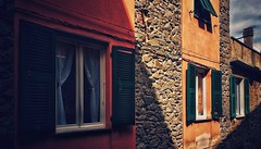 Leaning shadow (vincentag) Tags: italia toscana houses windows shutters