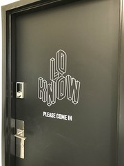 Lo Know (Royal Rubber Stamp & Sign Co.) Tags: vinyl wallgraphics custom 2019 signs signage edmonton alberta canada decals