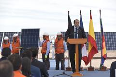 Foto35 (Intendente de Tarapacá) Tags: intendente quezada y ministra de energía participaron en la instalación los 1ros paneles fotovoltaicos granja solar 22052019