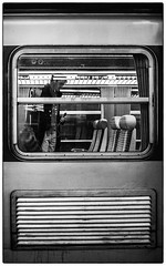 Depart imminent (Dom-35) Tags: bw blackwhite gare noiretblanc street train