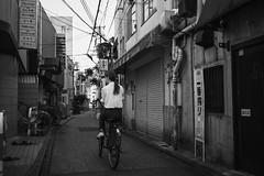 街 (fumi*23) Tags: ilce7rm3 sony street sonnar a7r3 alley emount 35mm sonnartfe35mmf28za bw monochrome