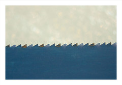 Macro Mondays : The blue saw / La scie bleue (Tostaky2) Tags: macro macromondays blue scie saw handtool bleu abstrait abstract blade