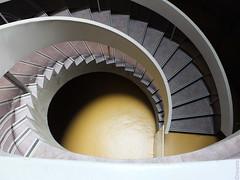 Patisserie (erwannf) Tags: france lyon muséegalloromain auvergnerhônealpes architecture cagedescalier contrasteélevé