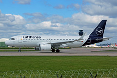 D-AINM Airbus A320-271N (neo) Lufthansa MAN 21MAY19 (Ken Fielding) Tags: dainm airbus a320271n neo lufthansa aircraft airplane airliner jet jetliner