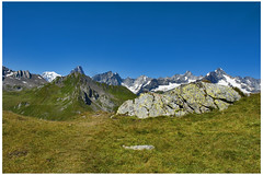 The Massif of Mont Blanc,  taken from the Lac de Fenêtre. Canton of Valais, Switzerland. No. 2460. (Izakigur) Tags: 1506 izakigur izakigur2008 ferret coolpix5100 dieschweiz liberty suisseromande suizo suisia 스위스 helvetia lasuisse suiza 瑞士 romandie schweiz nikon europa europe ch feel flickr swiss svizzera suisse izakiguralps laventuresuisse musictomyeyes valais grossersanktbernard greatstbernardpass gransanbernardo coldugrandsaintbernard cantonduvalais wallis italy italia alpen aoste alps alpi colledelgransanbernard imagesforthelittleprince lac lepetitprince lacdefenêtre myswitzerland fenêtre coldubastillon alpes switzerland landscape