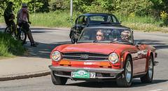 1973 Triumph TR 6 (Gösta Knochenhauer) Tags: 2018 may panasonic lumix fz1000 dmcfz1000 stockholm sverige sweden schweden suède svezia suecia gärdesloppet prince bertil memorial car veteran classic vehicle p9150051nik p9150051 nik leica lens
