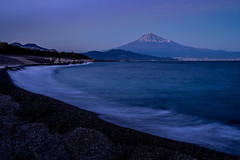 静岡. (bgfotologue) Tags: photo fujiyama landscape winter 風光 雪 富士山 攝影 shizuoka bgphoto 風景 gitzo 靜岡 mtfuji 鳥居 東海道 image 富士宮 longexposure snow unesco 建築 bellphoto 冬 imaging 本州 museum tumblr 500px architecture 日本 tripod 關東 japan photography