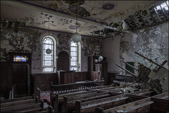 Peely paint chapel 3 (ducatidave60) Tags: fuji fujifilm fujinonxf1024mmf4 abandoned decay dereliction