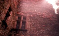 Château de Belcastel, Aveyron, France. (matériel brouilleur) Tags: diana pinhole stenope 35mm expiredfilm lomography lomo tungsten château castel belcastel aveyron estenopeica