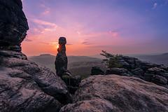 Barbarine (Tofubratwurst) Tags: barbarine elbsandsteingebirge pfaffenstein sächsischeschweiz tofubratwurst sonnenaufgang sunrise sachsen sonyalpha7rm2 sony felsen sandstein sonyilce7rm2 fe1635mmf4zaoss