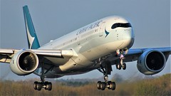B-LRB (AnDyMHoLdEn) Tags: cathaypacific a350 oneworld egcc airport manchester manchesterairport 05r