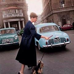 Audrey Hepburn paseando a su perro en Roma, (1964). (Txemari - Argazki.) Tags: