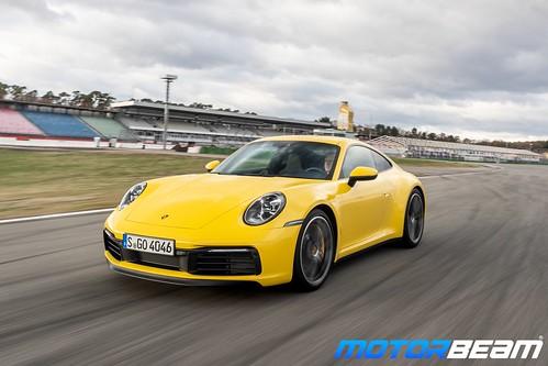 2019-Porsche-911-8