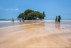 IMG_7559.jpg (Dhammika Heenpella / CWSSIP Images of Sri Lanka) Tags: dhammikaheenpella traveldestination placesofinterest ශ්රීලංකාවේචායාරූප ධම්මිකහීන්පැල්ල ශ්රීලංකාව weligamabeach මුහුදුවෙරළ imagesofsrilanka srilanka වැලිගම ශ්රීලංකාවේෆොටෝ taprobaneisland landmark taprobane island
