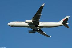 pl02juin18aca33017 (lanpie012000) Tags: montreal montréal yul cyul aircanada airbusa330343 cgfah fin932