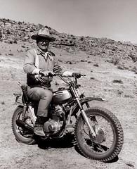 John Wayne, Hona 1970 en el set de Big Jake. (Txemari - Argazki.) Tags: