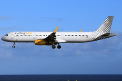 2019-02-02 ACE EC-MOO A-321SH VUELING (mr.il76) Tags: ace airports flughafen flugzeuge max8 neos lanzarote luftfahrt boeing airbus atr72