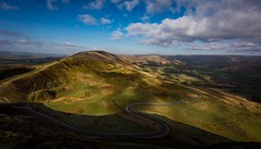 Mountain Road (Phil-Gregory) Tags: nikon d7200 tokina tokina1120mmatx 1120mmproatx11 1120mmf2811 wideangle ultrawide mamtor road light scenicsnotjustlandscapes landscapes ngc peakdistrictderbyshire
