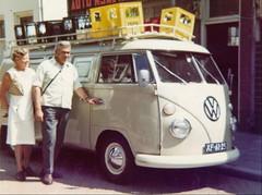 XF-61-25 Volkswagen Transporter kombi 1967 (Wouter Duijndam) Tags: xf6125 volkswagen transporter kombi 1967 zeist dakrek