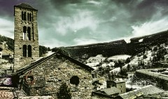 Sant Climent de Pal (Miradortigre) Tags: iglesia stone rock church romanic romanica catolic cristiana christian andorra pal pirineos montaña nieve snow mountain pyrenee