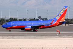 Southwest Airlines | Boeing 737-700 | N204WN | Las Vegas McCarran (Dennis HKG) Tags: aircraft airplane airport plane planespotting canon 7d 100400 lasvegas mccarran klas las southwest southwestairlines swa wn boeing 737 737700 boeing737 boeing737700 n204wn