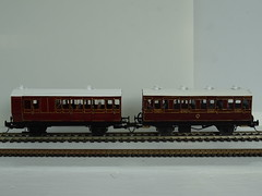 DSC00009 (BluebellModelRail) Tags: lbscr londonbrightonsouthcoastrailway oo 4mm roxeymouldings brass bluebellrailway etchedkit solder 949 brakethird mahogany carriage 4wheeler southernrailway