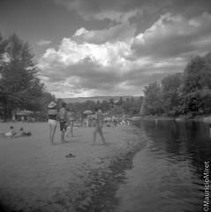Holga-Acros-01-01.jpg (Mauricio Miret) Tags: epsonv600 holga acros100 ilfosol silverscan bw film blackandwhite