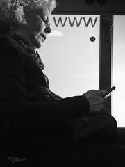 La Comunicación. (The Communication) (Capuchinox) Tags: comunicacion web communication people persona gente movil telefono phone olympus bw blancoynegro street