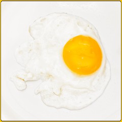 Egg yolk...Smile on Saturday (Jack Blackstone) Tags: simplicity yolk 2019 em1mkii egg yellow white border square smileonsaturday yellowonwhite slowshutter