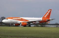 G-EZFX Airbus A319-111 easyJet (lee_klass) Tags: gezfx airbus airbusa319 airbusa319111 easyjet u2 ezy ezy7415 u27415 ezy32wv aeroplane aviation aviationphotography aviationspotter aviationenthusiast aviationawards aircraft airliner aircraftphotography aircraftspotting jetaircraft jetliner jetairliner jet canonaviation canon canoneos750d canonef75300mmf456 londonsouthendairport sen egmc southendairport southend unitedkingdom england essexairport essex twinenginedjet planespotting plane alicanteairport alc leal alicante spain runway05 easyjeta319 easyjetairbusa319 easyjetairbus transport airtransport travel airtravel vehicle