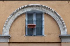 ARCH & FLOWERS (Luigi_1964_2) Tags: milano fuorisalone arch architecture milan italy minimal window symmetry
