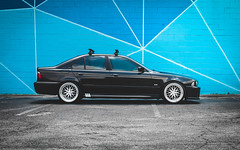Blue Hex E39 (crashmattb) Tags: bmw bmwe39 bmwe39540i e39 540i bimmer lightroom car automobile carphotography automotivephotography v8 tuned speedhunters wheels varrstoenes1 canon70d georgia classicbmw ultimateklasse downtown atlanta urban streetart