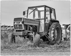 CASE IH Tractor... (Linton Snapper) Tags: blackandwhite caseih tractor tractorsdiggers tonysmith agricultural h5d40 cambridgeshire lintonsnapper