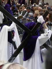 Procesión del Cristo de Los Gitanos 2019 (Madrid, España) (Juan Alcor) Tags: procesión 2019 miercolessanto hermandad cristodelosgitanos losgitanos madrid españa spain cofrades cruz cofrade nazareno