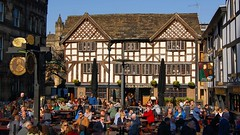 Ye old Wellington & Sinclairs Oyster Bar (WISEBUYS21) Tags: old wellington sinclairs oyster pub bar manchester near arndale lancashire tudor medieval elizabethan wisebuys21 north west city cityscape favourite people having fun drinking world timber structure centre