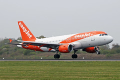 G-EZGC Airbus A319-111 easyJet Airline Company MAN 18APR19 (Ken Fielding) Tags: gezgc airbus a319111 easyjetairlinecompany aircraft airplane airliner jet jetliner
