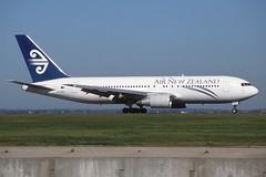 ZK-NBJ Sydney 17-9-1998 (Plane Buddy) Tags: zknbj boeing 767 airnewzealand sydney yssy