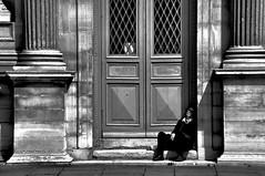 Rest (Franck gallery) Tags: paris blackwhite people rest repos woman louvre noirblanc candid shadows ombres porte door femme d90