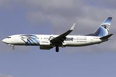 Egyptair 737-800 SU-GDC at London Heathrow LHR/EGLL (dan89876) Tags: egyptair boeing 737 b738 737800 sugdc london heathrow international airport 27l lhr egll