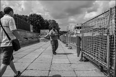 DRD160702_0872 (dmitryzhkov) Tags: urban outdoor life human social public stranger photojournalism candid street dmitryryzhkov moscow russia streetphotography people bw blackandwhite monochrome