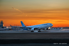 Air Transat | Airbus A330-342 | C-GCTS (josephA_mtl) Tags: airport airline aircraft airplane aviation trudeauairport planespotters planespotting montreal yul sunset landing