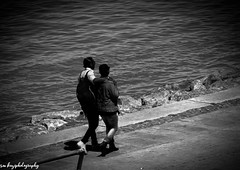 (kaziphotography) Tags: couple femme homme amour canon canon1200d monochrom mer rivage maroc