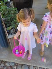 Easter Egg Hunt 2019 (rudyg39) Tags: isla backyard easteregghunt easter eleanor family