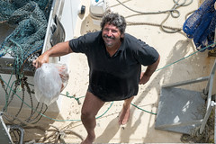 Trawler Man (Patricia Woods) Tags: nikon z6 hervey bay beach fishermen memorial statue